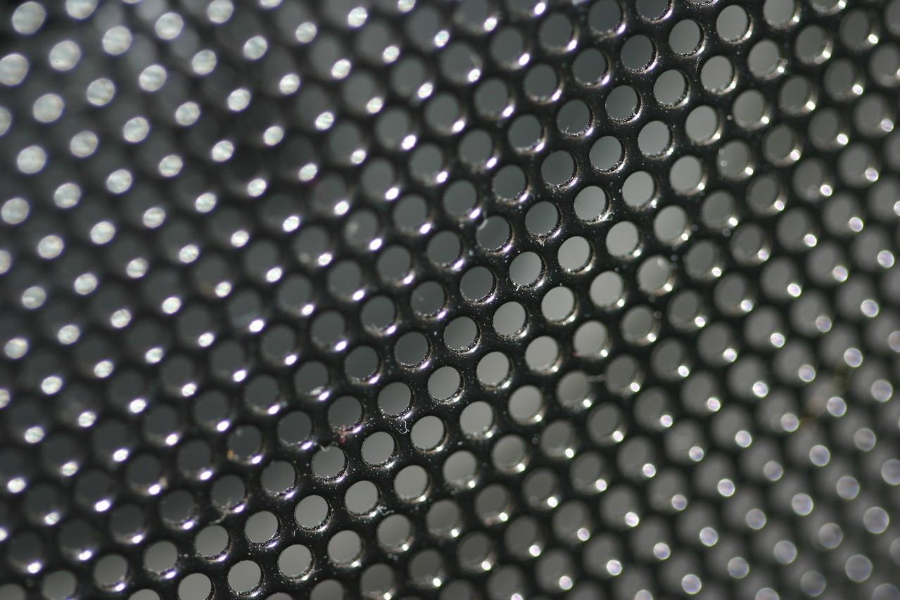 Głośniki niskotonowe vs. wysokotonowe vs. średniotonowe – Które wybrać?