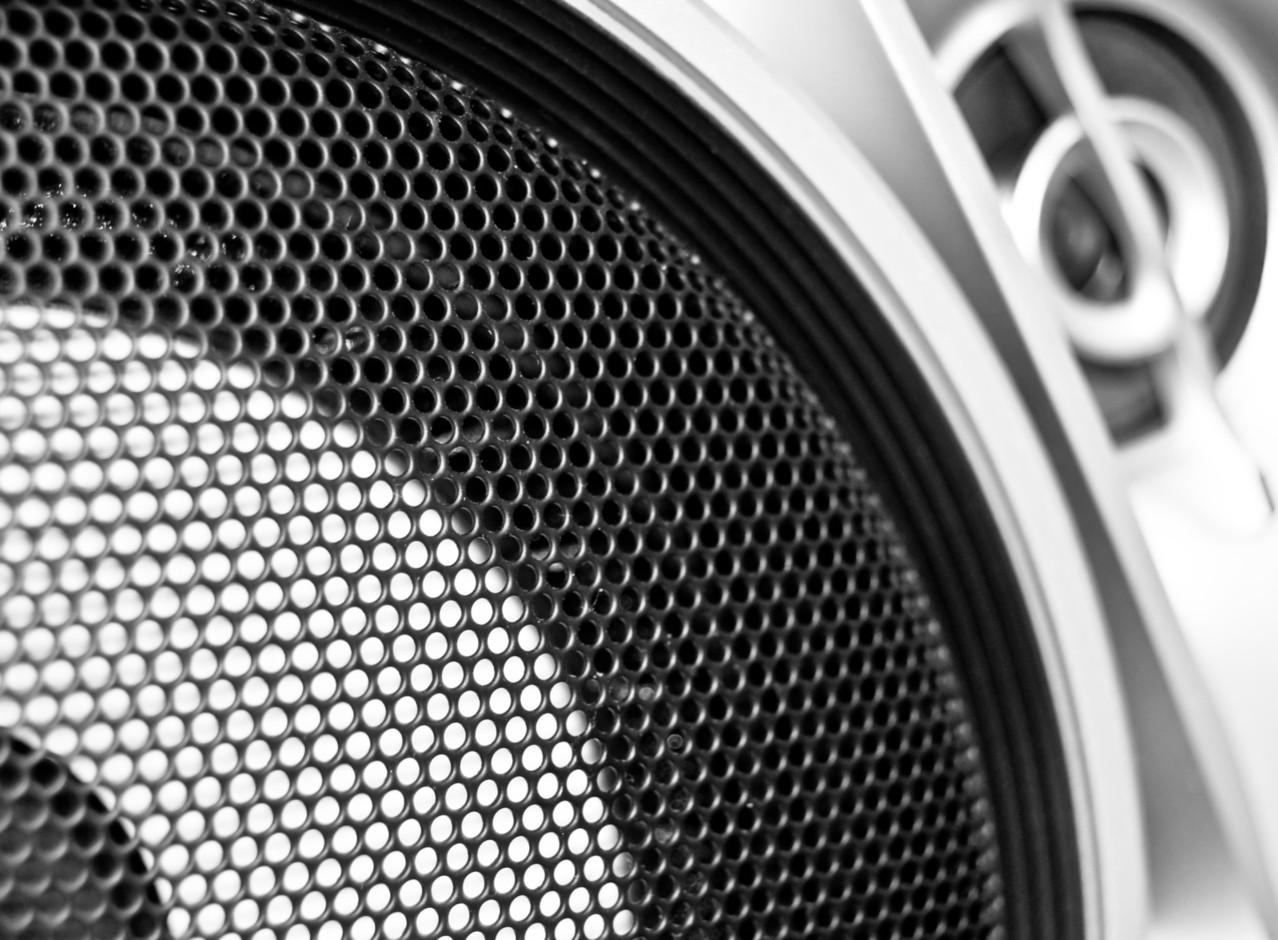 Zachwycające brzmienie niewielkich urządzeń Audio Pro – Top 3 produkty